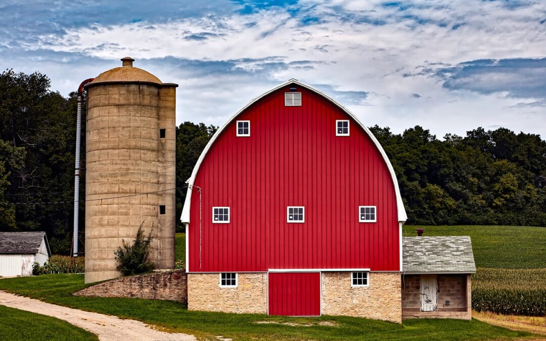 4 Easy Ways To Get Power To Your Outbuildings